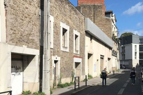 La jeune fille a été retrouvée rue Aldophe Moitié, quartier Talensac à Nantes, non loin de chez elle