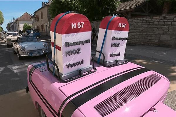 Reconstitution d'embouteillage à Rioz. Une image de Sébastien Poirier.