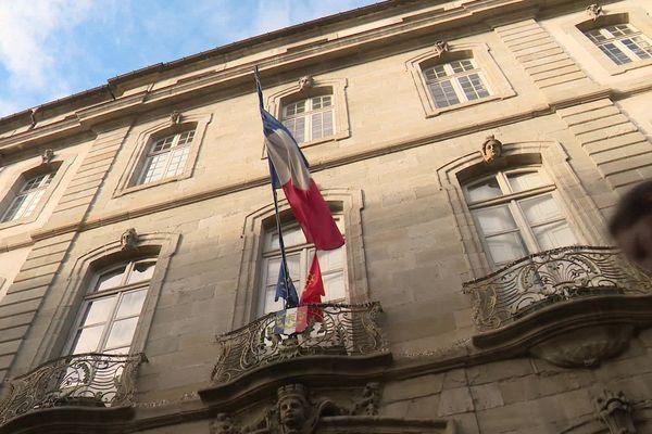 Carcassonne - la mairie - archives