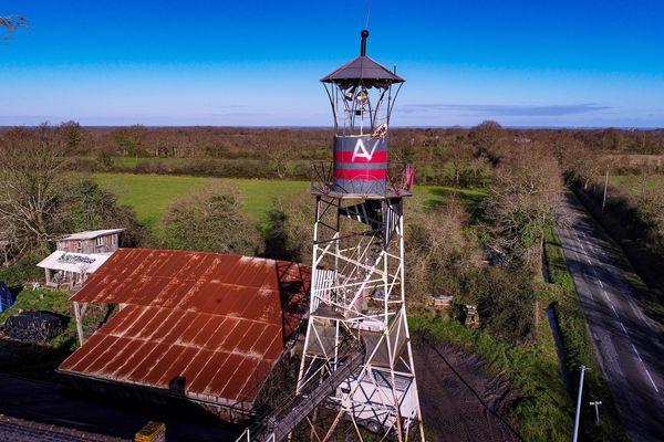 Le phare sur l'ancienne ZAD de Notre-Dame-des-Landes, janvier 2020