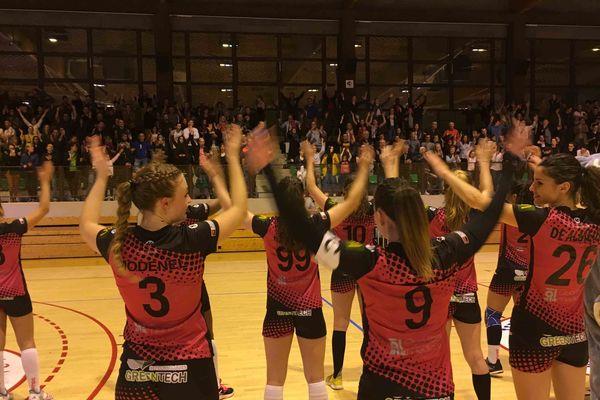 Dernière victoire à la maison le 18 mai au gymnase Fleury de Clermont Ferrand. Les filles du HBCAM 63 iront chercher la montée en D2 le 1er juin dans la Drôme