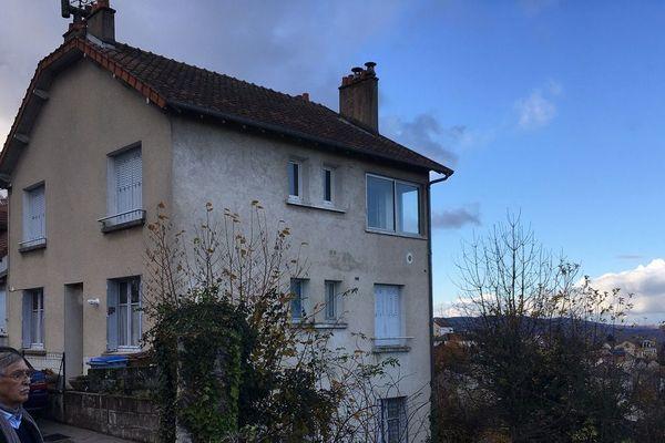 Dans le legs, plusieurs maisons à Guéret, Saint-Vaury et Parsac