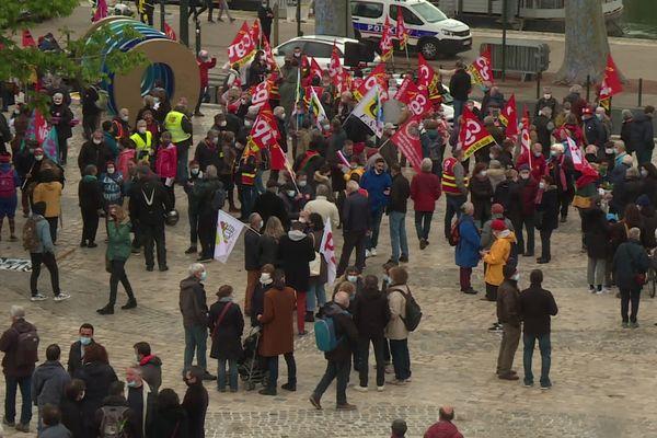 Le rassemblement à Orléans le 1er mai 2021.