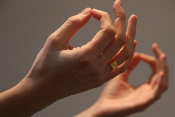 Sophrologie, yoga, relaxation, renforcement ou détente musculaire : pendant le confinement, tout ce qu'il faut pour garder la forme