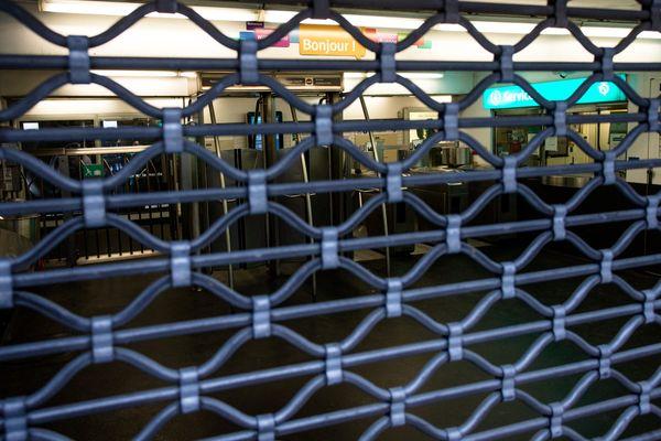 Plusieurs stations de métro sont fermées ce dimanche par craintes de manifestations gilets jaunes. (Photo d'illustration)