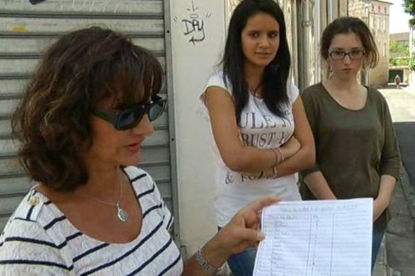 Les élèves de Saint Caprais à Agen et leurs parents mobilisés après leurs mauvaises notes à l'oral de Français