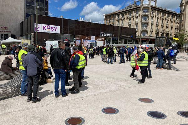 Manifestation citoyenne sur la place Simone Veil, à Nancy, 22 mai 2021.