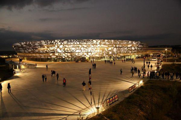 Dans des salles de concert comme l'Arena, qui peut accueillir 6.000 à 8.500 personnes, le pass sanitaire sera demandé pour les évènements rassemblant plus de 1.000 spectateurs