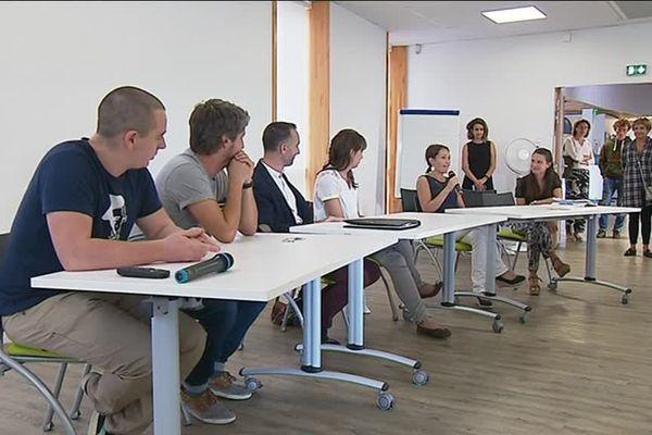 Durant l'université d'été de DPBGE ce week-end à Anglet, d'anciens étudiants ont pu témoigner de leur parcours scolaire.
