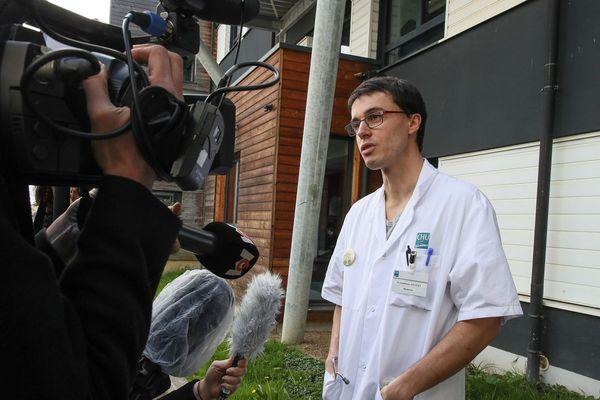Professeur Revest, professeur au Service des Maladies Infectieuses au CHU de Rennes