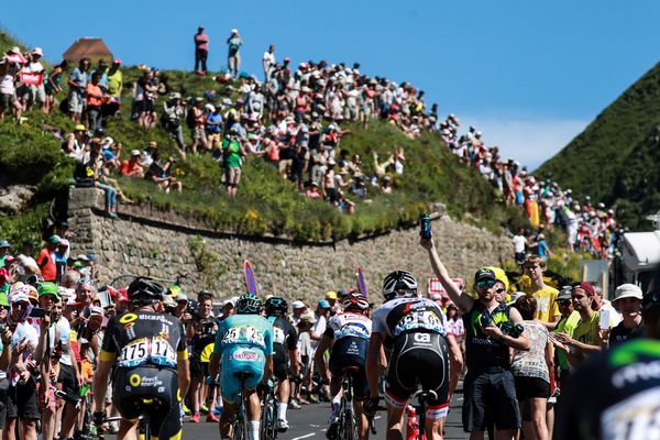 En juillet 2016, le Tour de France passait déjà par le puy Mary pour l'étape entre Limoges et le Lioran. En 2020 une arrivée d'étape pourrait être prononcée au puy Mary. Le lendemain, l'étape Clermont-Ferrand-Lyon serait dans les tuyaux.
