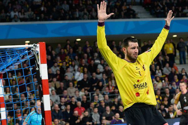 Cyril Dumoulin reste un élément central du dispositif nantais pour ces huitièmes de finale.