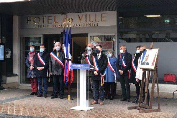 L'hommage rendu à Valéry Giscard d'Estaing ce mercredi 9 décembre 2020 à Châteauroux.
