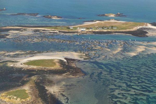 Le Centre international de plongée est situé sur l'île de Saint-Nicolas, dans l'archipel des Glénan