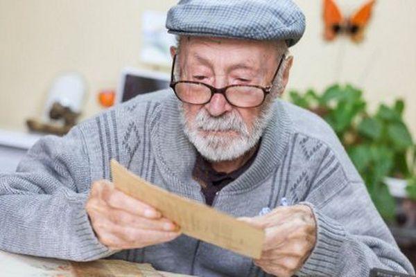 A 108 ans, Roger Auvin, le nouveau doyen des Français, vit toujours dans sa maison de Limalonges dans les Deux-Sèvres