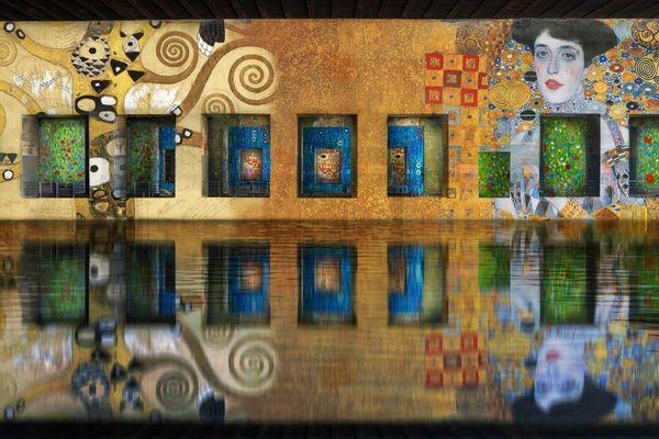 Les Bassins de Lumières ouvriront leur portes avec une exposition sur Gustav Klimt.