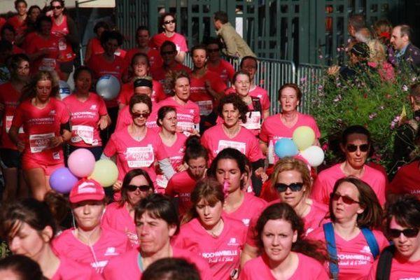 Cette année 20 000 femmes s'élanceront dans la vague rose.