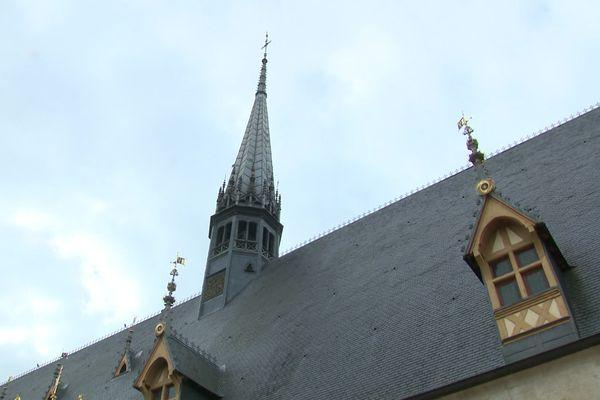 Le clocher de l'Hôtel-Dieu à Beaune, emblématique d'un lieu hautement touristique (image d'illustration - archives)