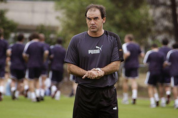 Ricardo Gomes au Haillan en 2005, alors qu'il était entraîneur des Girondins