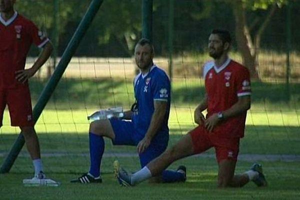 Nîmes - joueurs à l'entraînement - 2013