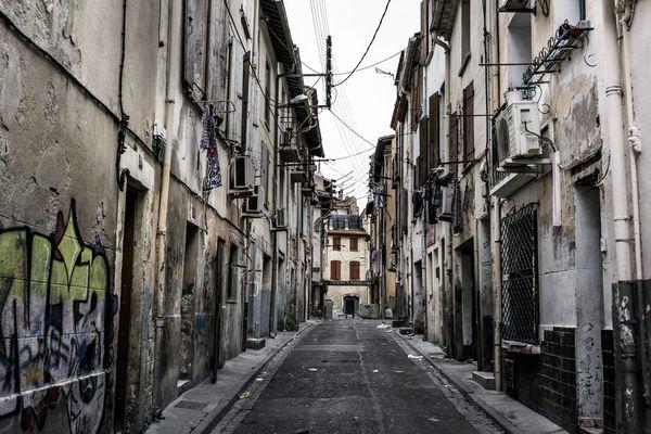 Le quartier Saint-Jacques de Perpignan à l'heure du confinement