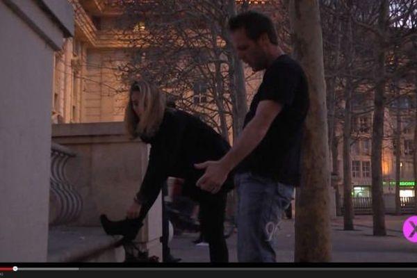 L'une des images polémiques de la vidéo de Rémi Gaillard
