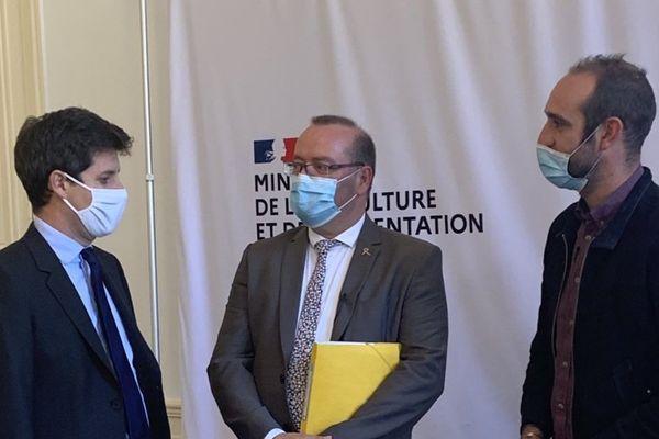 Le Ministre Julien Denormandie, le député Olivier Damaisin et le réalisateur Edouard Bergeon
