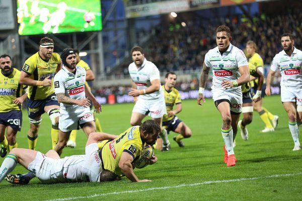 En Top 14 de rugby, l'ASM s'est imposé par 65 à 13 face à Pau au stade Marcel Michelin