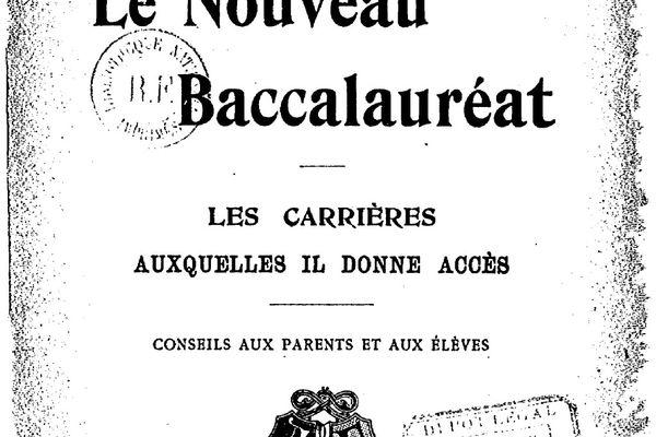En 1902, le baccalauréat est une nouvelles fois réformé et un cursus scientifique à part entière fait son apparition, ouvrant de nouvelles perspectives professionnelles aux bacheliers.