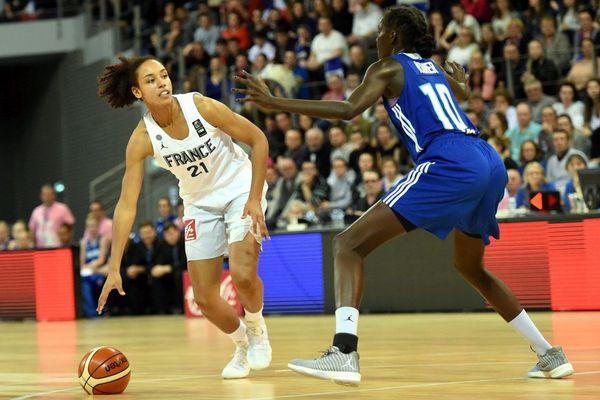La Brestoise Marième Badiane, sélectionnée pour la première fois en équipe de France, face à la Finlande dans le Brest Arena - 14/02/2018