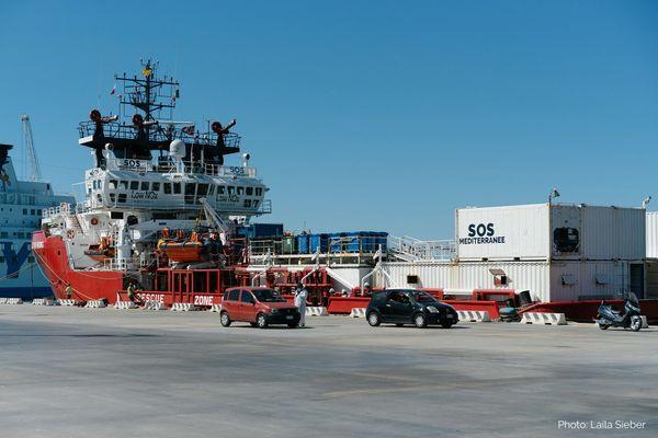 l'Océan Viking bloqué en Sicile