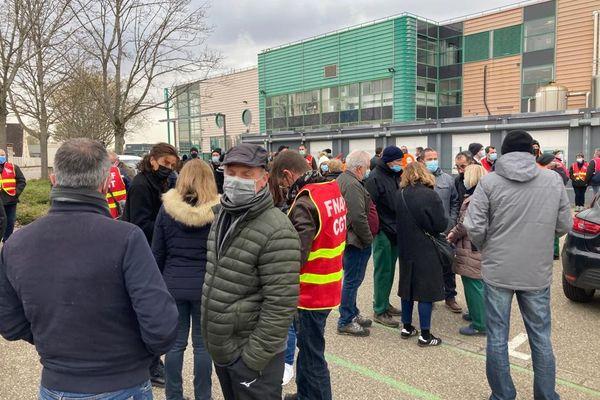 Les salariés de Knorr mobilisés devant leur usine