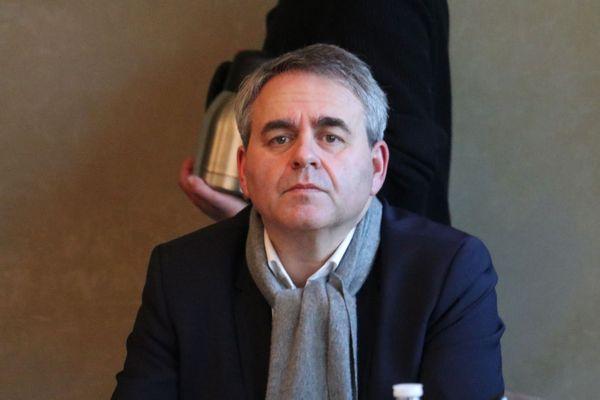 """Le président de région attend du chef de l'État """"zéro charge"""" pour les jeunes recrutés en CDI"""
