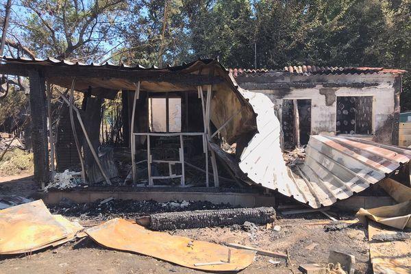Maison détruite par l'incendie de Millas et Néfiach (Pyrénées-Orientales) du 18 juillet 2021.