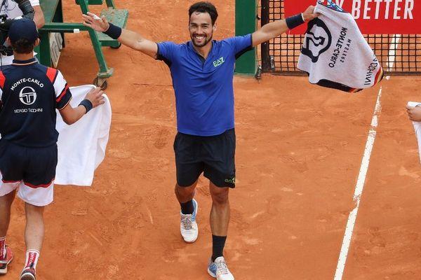 Le joueur italien Fognini, 18ème mondial, vient de battre l'Espagnol Rafael Nadal, 2ème joueur mondial.