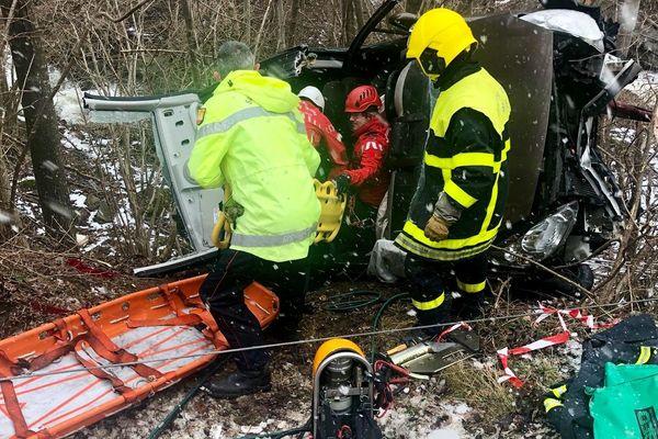 L'automobiliste doit son salut aux pompiers spécialisés du GRIMP