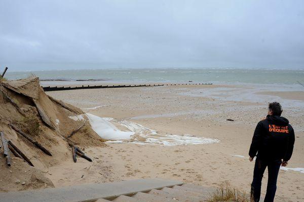 Le corps inanimé d'un véliplanchiste recherché depuis samedi soir a été retrouvé ce matin sur la plage de Saint-Clément-les-Baleines