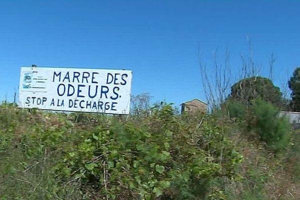 Saint-Jean-de-Libron (Hérault) - les odeurs de la décharge de Montimas perturbent la vie des riverains - mai 2019.