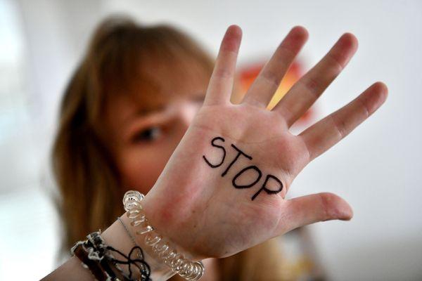 Stop aux violences faites aux femmes.