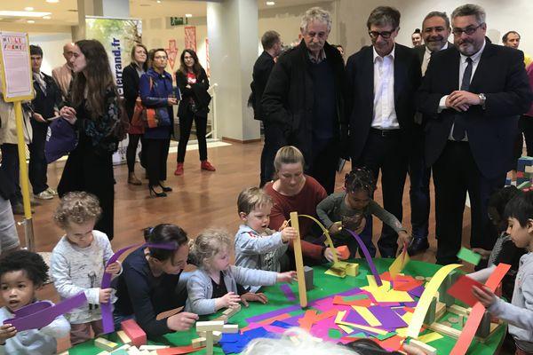 A Clermont-Ferrand, un lieu unique en France, pour initier les 0-6 ans à l'art sous toutes ses formes.