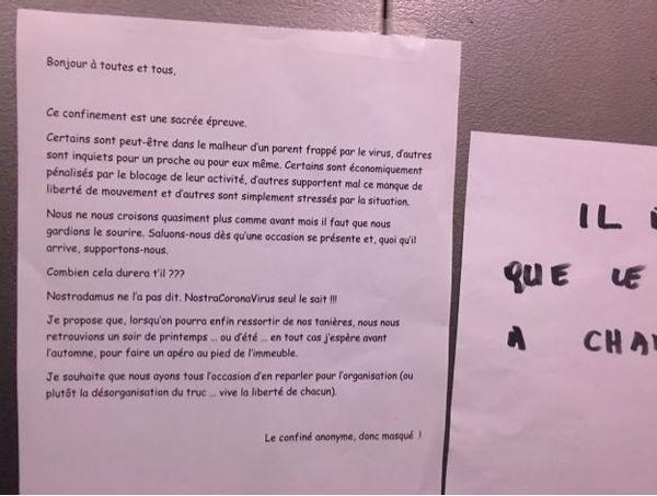 Le petit mot chouette dans l'ascenseur.