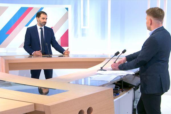 Laurent Saint-Martin, député du Val-de-Marne et tête de liste LREM, invité de Dimanche en politique.