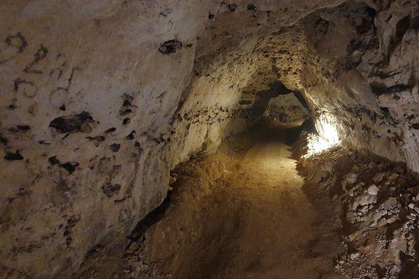 La grotte des Petites-Dalles