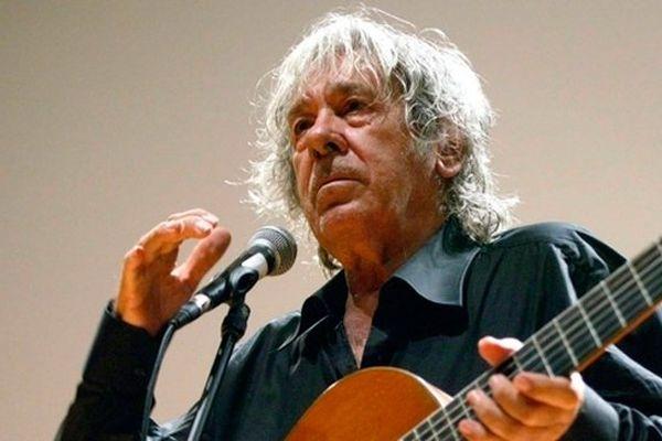 Paco Ibañez en concert à Ille-sur-Tet (Pyrénées-Orientales) le 18 avril 2011