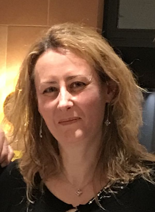 Isabelle Moret est professeure documentaliste au lycée Paul Verlaine de Rethel. Depuis 10 ans, elle enseigne à ses élèves l'éducation aux médias.