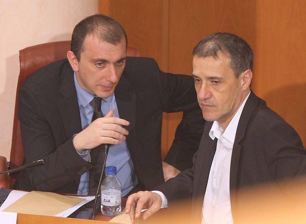 les électeurs et électrices de Corsica Libera ont peu goûté l'absence de Jean-Guy Talamoni sur la liste d'union (ici avec Jean-Christophe Angelini, à l'Assemblée de Corse, en 2010).