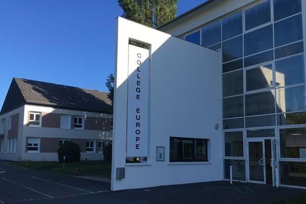 Le collège de l'Europe à Cormeilles (27)