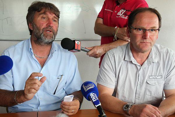 Eric Vercoutre (à gauche), secrétaire du CE de la SCOP Seafrance le 23 juillet 2015