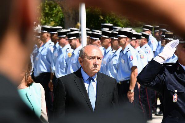 Gérard Collomb en visite à L'école nationale supérieure des officiers sapeurs pompiers à Aix-en-Provence ce jeudi 29 juin