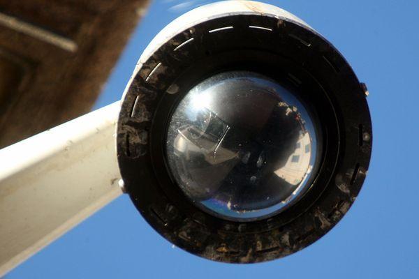 Le mineur a été interpellé à Perpignan après visionnage des caméras de surveillance de la ville.